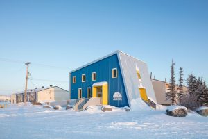 Polar Bears International House | Blouin Orzes architectes with Verne Reimer architecture